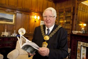 lord mayor dale smith november 2012 1 sm.jpg