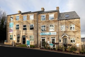 holmfirth the oak external 2 sm.jpg