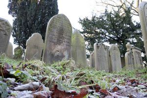 haworth church yard dec 2011 sm.jpg