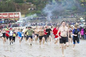 tenby boxing day swim 11 sm.jpg