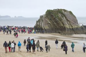 tenby boxing day swim 44 sm.jpg