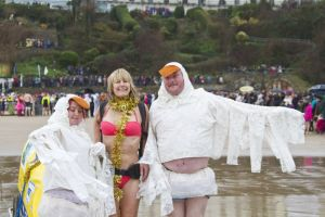 tenby boxing day swim 5 sm.jpg