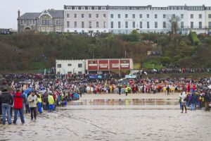 tenby boxing day swim 7 sm.jpg