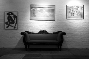 Couch_Bw_sm.jpg