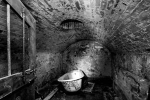 st catherines  bathroom bw sm.jpg