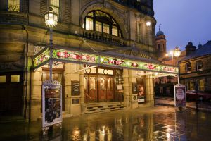 buxton opera house close sm.jpg