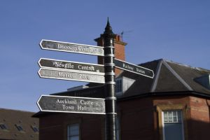 lynas place bishop auckland sign sm.jpg