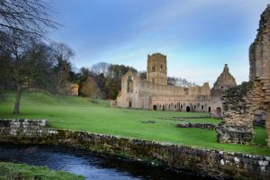 fountains abbey jan 2012 6 sm.jpg
