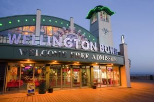 wellington bowl pier great yarmouth 1 sm.jpg