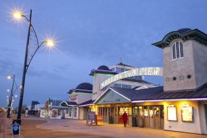 wellington pier great yarmouth 1 sm.jpg