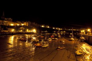 Tenby harbour full night sm.jpg