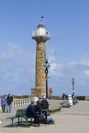 whitby harbour 114 sm.jpg