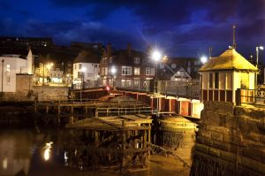 whitby harbour sm.jpg