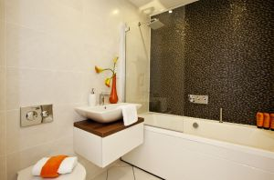 garforth newbury bathroom sm.jpg