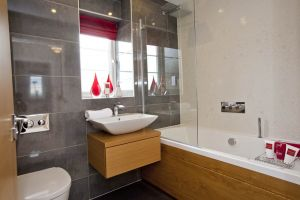 garforth thirston bathroom sm.jpg