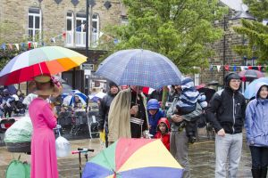 diamond jubilee ilkley 2012 2 sm - Copy.jpg