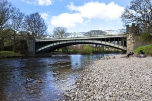 ilkley bridge centre 2 sm.jpg