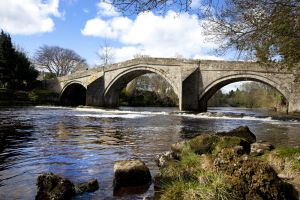 ilkley old bridge 1 sm.jpg
