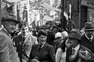 haworth 40s weekend main st mid way sm.jpg