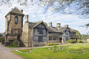 Shibden Hall, Halifax (suggested as original of Thrushcross Grange in WH, museum) 4 sm.jpg