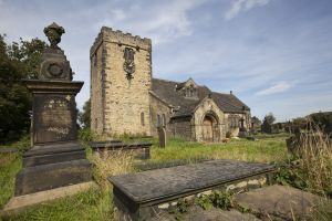 St Peter's Church, Hartshead (Mr Bronte minister here) 7 sm.jpg
