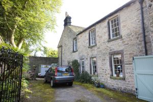 The vicarage, Hathersage (Charlotte stayed here with Ellen Nussey) 1 sm.jpg