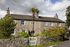 cowan bridge cottage sm.jpg