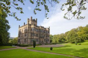 gawthorpe hall burnley 1 sm.jpg