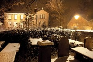 haworth first snow november 27 2010  250 am image 6 sm.jpg