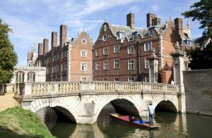 c91-The Bridge of Sighs in Cambridge 1 sm.jpg