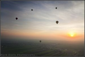 valley of the kings dawn balloon ride sunrise over the nile sm.jpg