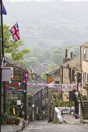 haworth royal wedding april29 2011 image 1 sm.jpg