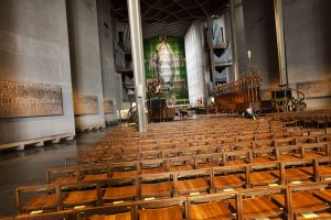 coventry cathedral 12 sm.jpg