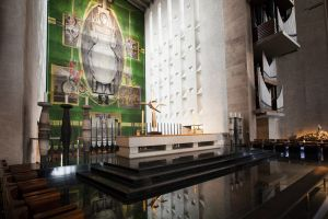 coventry cathedral 15 sm.jpg