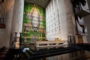 coventry cathedral 16 sm.jpg