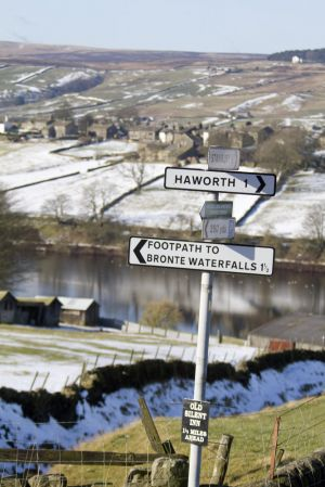 Bronte waterfalls sign haworth sm.jpg
