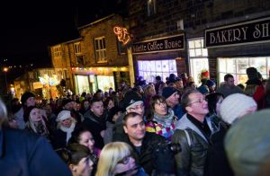 haworth crowd 1 sm.jpg