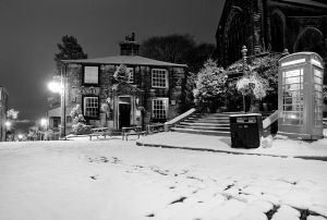 haworth first snow november 27 2010 bw sm.jpg