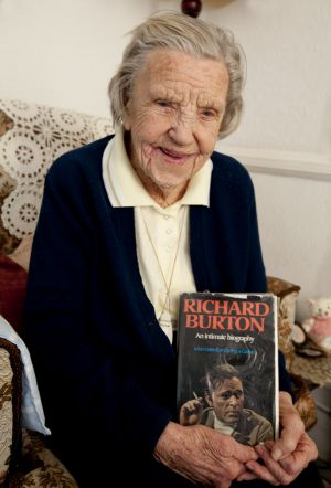 betty smith 101 years old richard burton dec 2012 sm.jpg