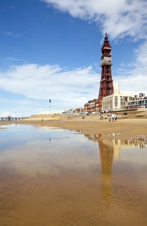 BLACKPOOL TOWER 3 sm.jpg