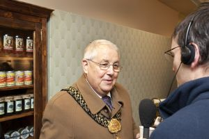 turn back lord mayor radio leeds interview sm.jpg