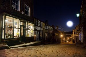 main st april 2013 moon.jpg