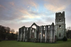 fountains abbey jan 2012 4 sm.jpg