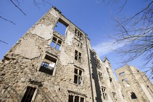Hardwick old  Hall 2 sm.jpg