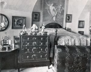 st catherines bedroom 1939 sm.jpg