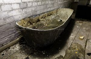 st catherines tin bath sm.jpg