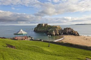tenby bandstand st catherines sm.jpg