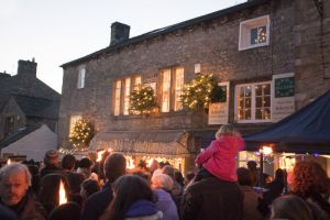 grassington procession december 11 2010 sm.jpg