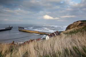 whitby waves 1.jpg