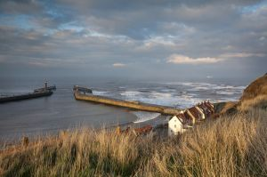 whitby waves 2.jpg